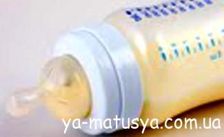 Чи варто давати новонародженому маляті воду?