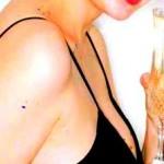 Можна міцні алкогольні напої: горілку, коньяк, вино вагітним?