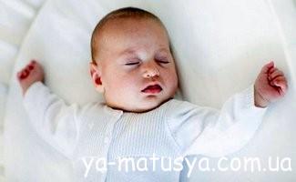 Розвиток дитини від 1 до 2 місяців