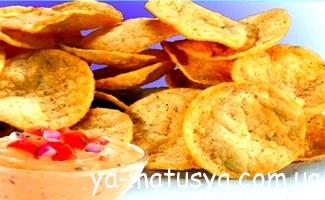 Чіпси і сухарики: чи можна з'їсти трохи під час вагітності