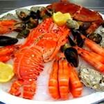 Дари моря і вагітність: чи можна їсти ікру, креветки і мідії
