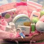 Що подарувати новонародженому на виписку з пологового будинку?