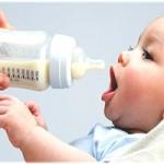 Пляшечки для годівлі новонароджених
