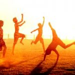 Якщо дитина перегрілася, тепловий та сонячний удари – допомога