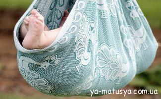 Як привчити малюків засипати без заколисування